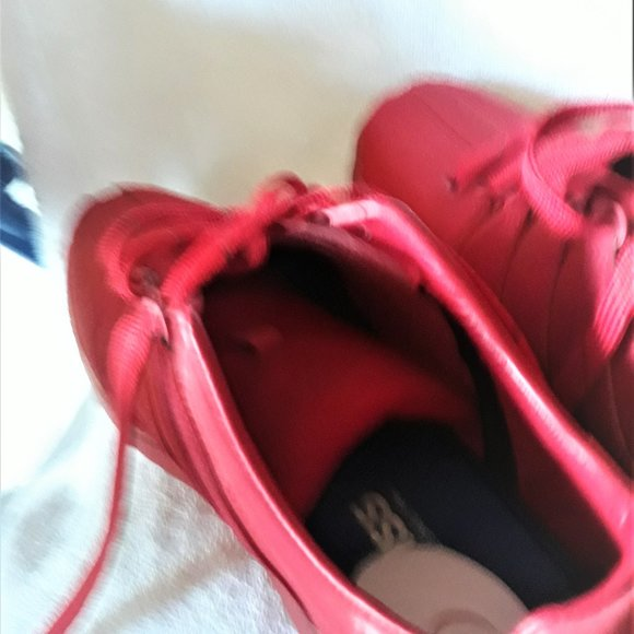 Really Cool Bright Red Tennis 1112 Med